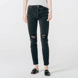 Mom Jeans in Faded Black