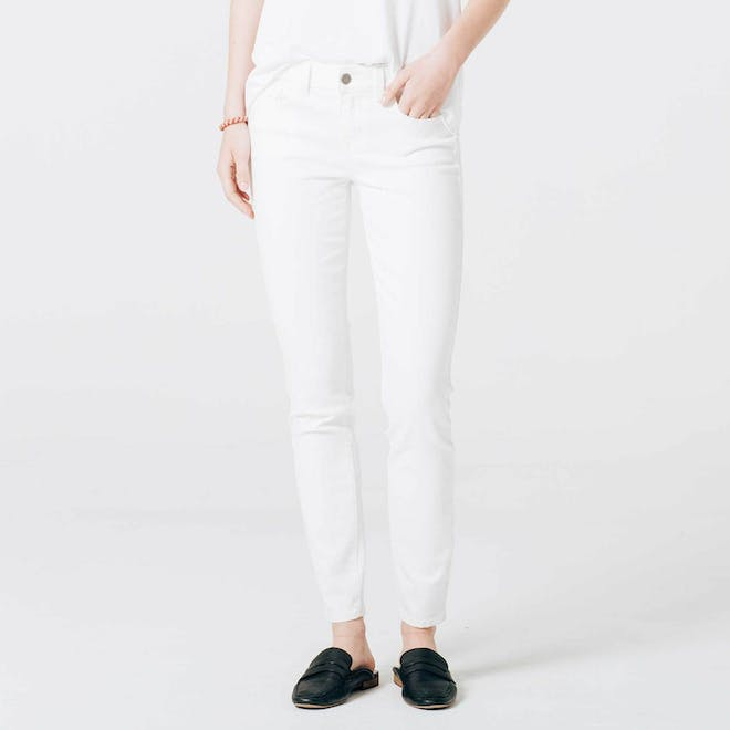 Mid Rise Skinny in White