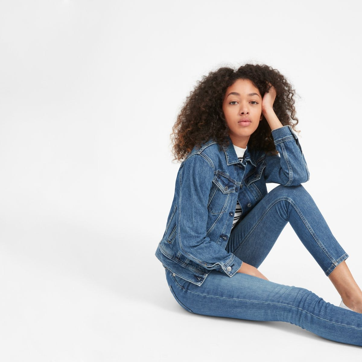 everlane, everlane jeans, everlane denim, denim jacket, washed blue, jean jacket, sustainable denim, japanese denim, denimblog, denim blog
