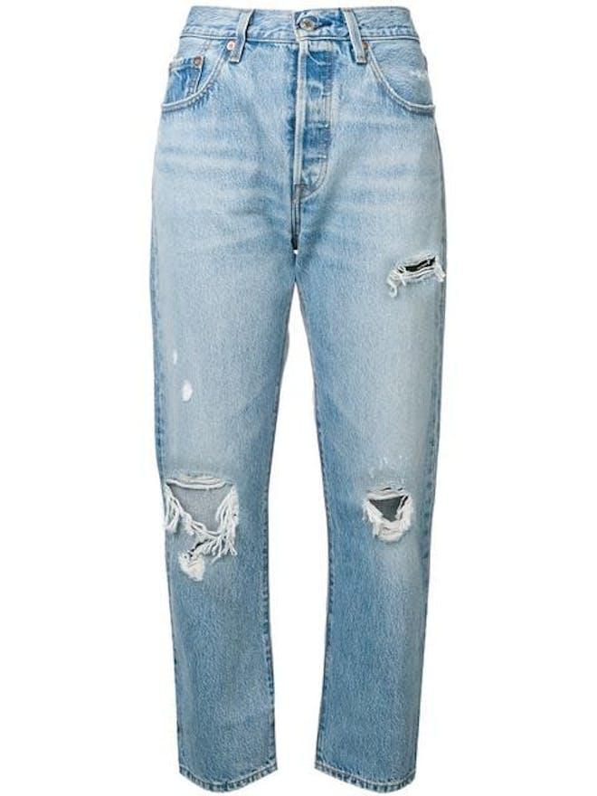 https://www.farfetch.com/shopping/women/levis-cropped-boyfriend-jeans-item-13691014.aspx?storeid=9672&rtype=inspire_portal_pdp_outofstock_a&rpos=1